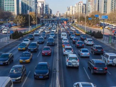 """武汉鼓励市民绿色出行 军运会期间公交地铁均有""""大动作""""?"""
