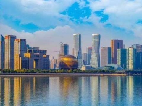中国最有实力三座副省级城市,南京、成都和武汉,谁能更胜一筹