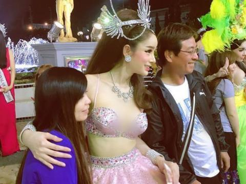 泰国人妖眼里的游客:日本人正经,韩国人吝啬,中国人就俩字评价