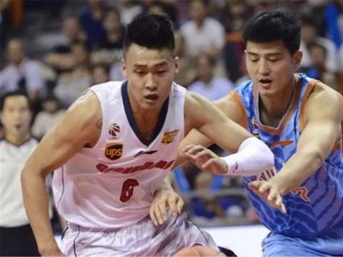 新赛季辽宁如果用史蒂芬森加韩德君可不可以对位广东的赵睿?