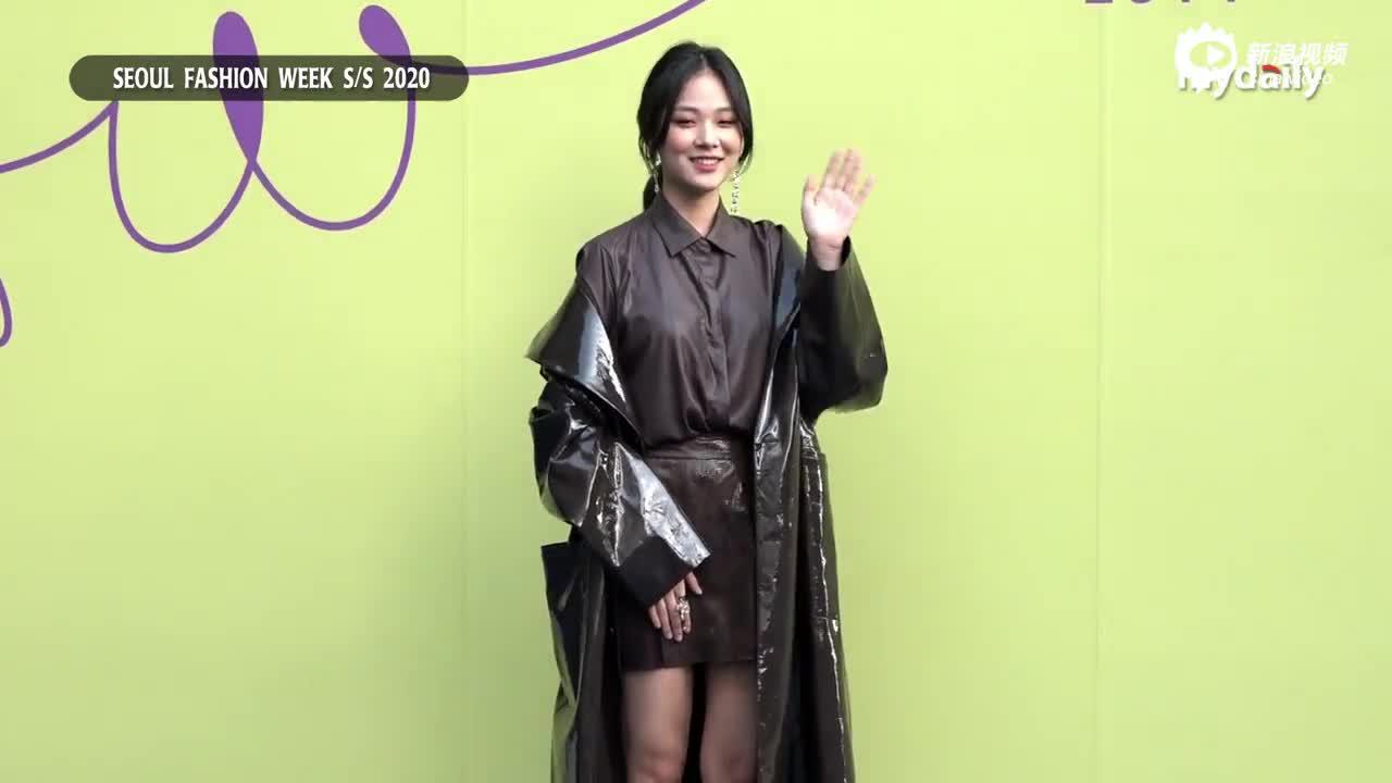 视频:韩团Stray Kids三成员亮相首尔时装周