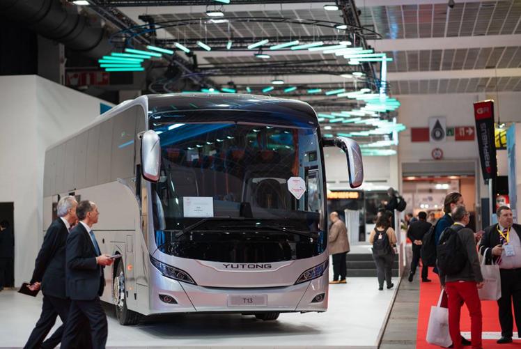 中国宇通惊艳比利时客车车展,面向全球发布品牌主张,获大使点赞
