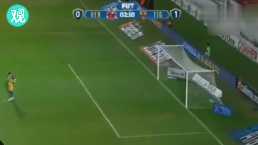 墨西哥遭欠薪球员开球后罢赛 站着不动连送两球