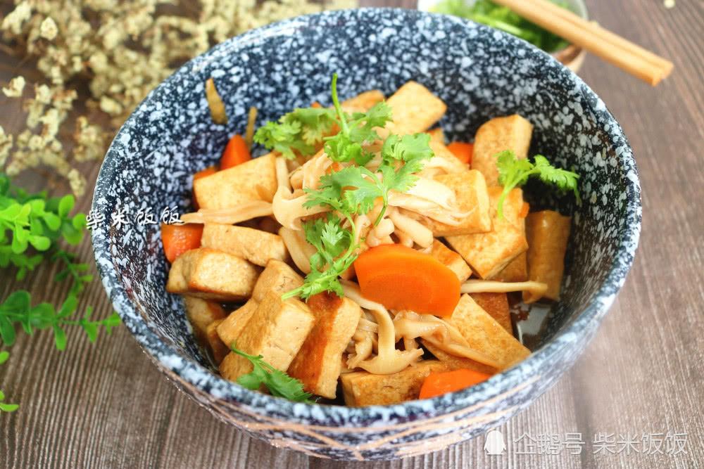 豆腐搭配这食材,热量低,不长胖!味道鲜美,赛过吃肉!