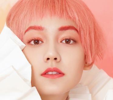 Pantone活珊瑚橘色,潮Girl必备的彩妆单品