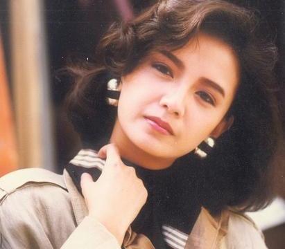 """她是最美""""前女友"""",全香港的梦中情人,曾与梁朝伟三分三合"""