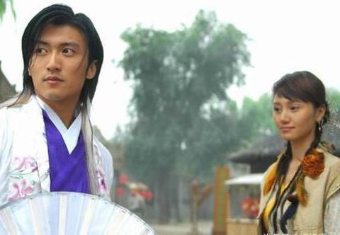 古装男神持扇,杨洋风度翩翩,罗云熙温文尔雅,你是来搞笑的吗