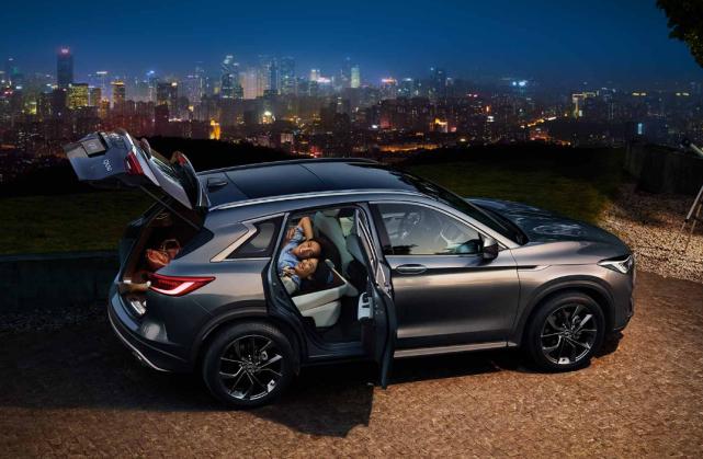 这2款豪华SUV,销量不及奥迪Q5l的零头,却自带黑科技