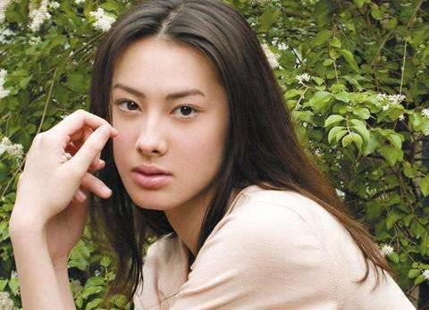 吴佩慈生多子未进豪门,如今她重蹈覆辙,生1个未成还打算再生3个