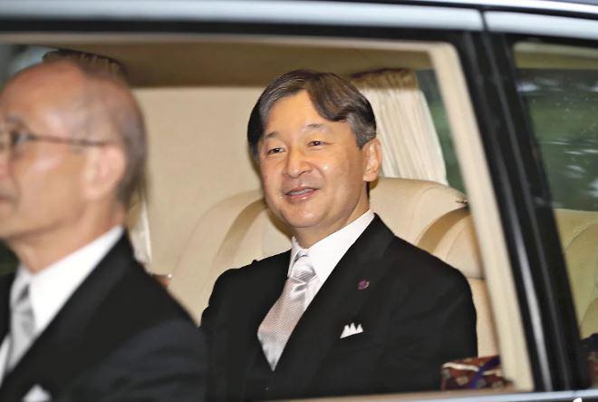 日本德仁天皇举行即位典礼 昭告天下 大宴群宾|滚动播报