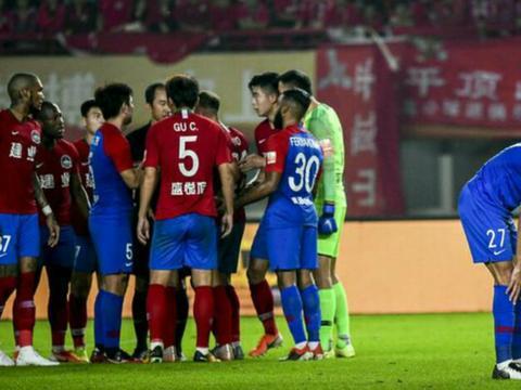 河南建业足球俱乐部宣布:罚款顾操20万元并且调至预备队训练