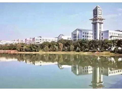 高考话题:中南财经政法大学和华南理工大学的法学专业哪个更好?