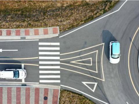 KT和现代汽车在自动驾驶汽车上测试5G交通导航技术
