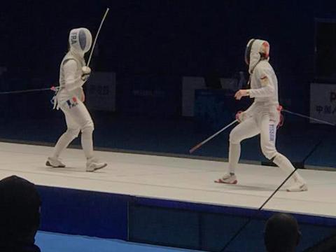 击剑又决出两块金牌俄罗斯选手女子花剑摘金德国选手男子佩剑夺冠