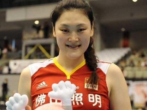 """""""女排巨星的无奈.曾是中国队人气最高的球员,为啥无缘世界冠军?"""""""