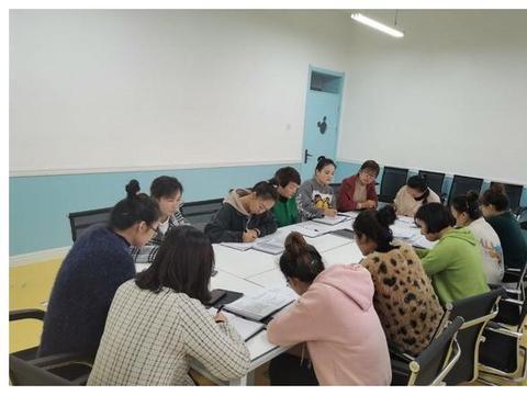 崇信县第三幼儿园开展公开教育教学活动