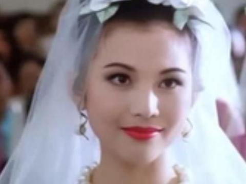 港台女神级别的明星穿婚纱的样子:蔡少芬端庄,周海媚不只是媚