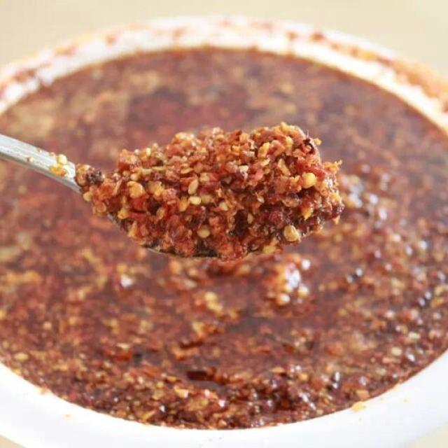 自制辣椒酱,无辣不欢者必备,拌面炒菜都超级香