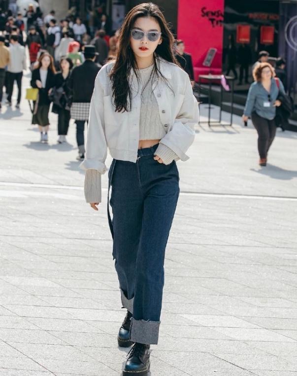 韩国时装周秋季新款又出炉!连衣裙+夹克不羁洒脱,御姐气息十足