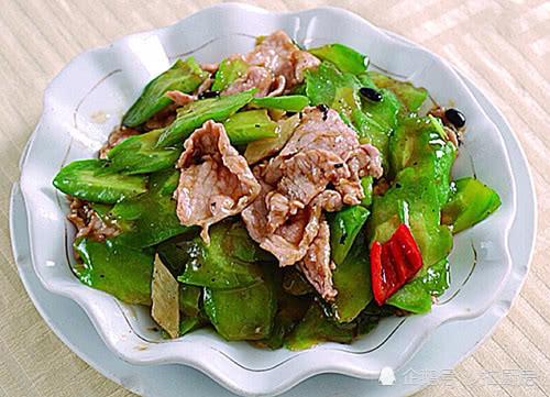 秋天此菜要多吃,每天炒一盘,清热解毒,排出毒素,越吃越瘦!