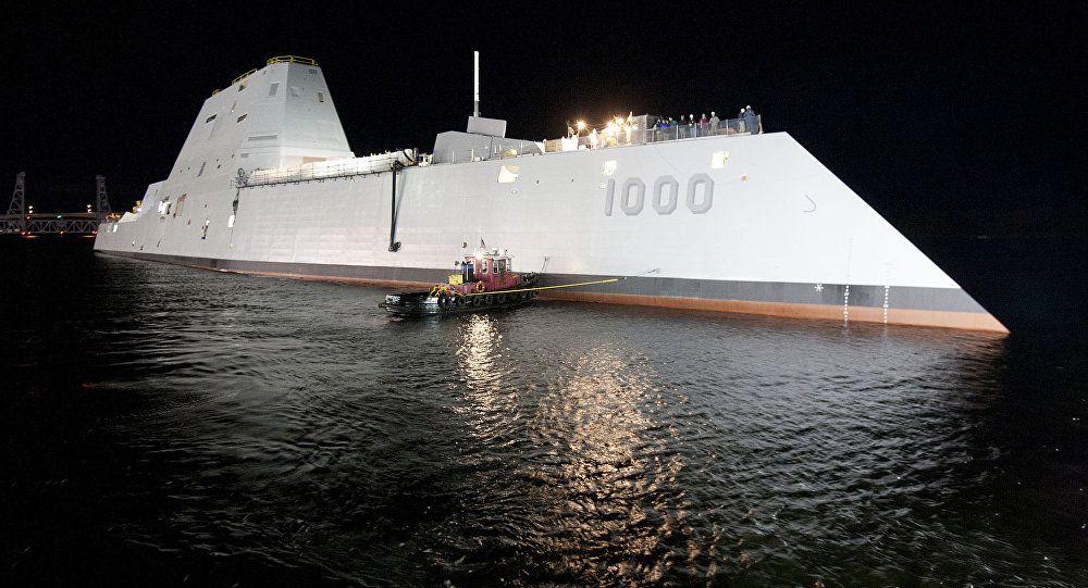 """""""科幻战舰""""服役3年仍无法战斗,225亿或打水漂?局座曾如此评价"""