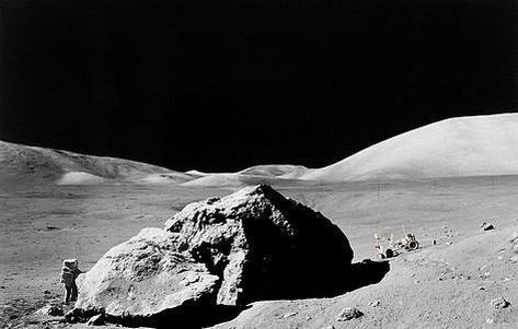 美国宇航员巴兹·奥德林50年后回忆登月任务 称月球壮丽的荒凉