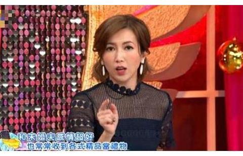 42岁女星嫁豪门10年,节目自曝生活技巧,为公婆生儿为老公生女儿