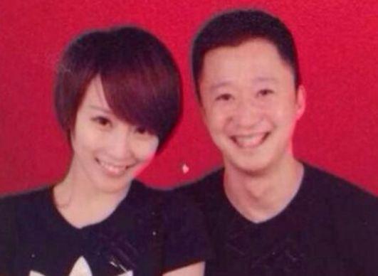 明星结婚证件照:陈妍希笑得最甜,杨颖嘴太大,赵丽颖像小粉丝