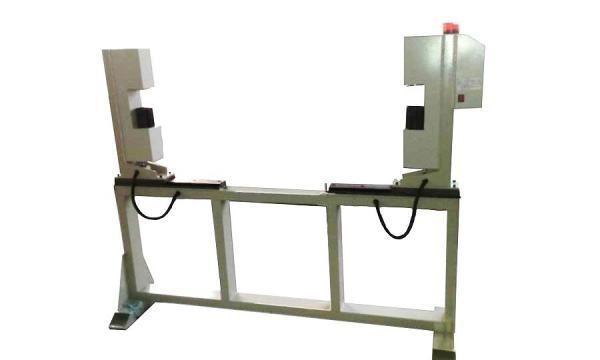 在线测宽仪监测热轧钢板宽度的实时动态变化