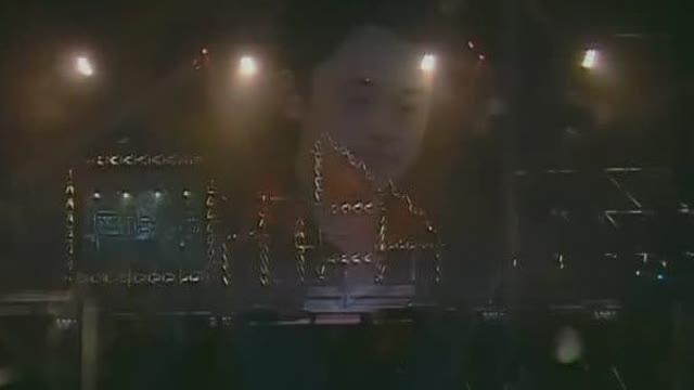 张杰+许慧欣《爱的奇迹》,张杰2005年《第一张》个人专辑的主打歌