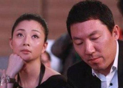 39岁殷桃新恋情曝光,曾陷入包养风波、离异受争议,如今获幸福