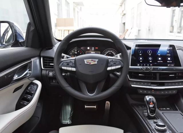 2.0T+10AT+后轮驱动,中型豪华轿车起售价将在30万元之内