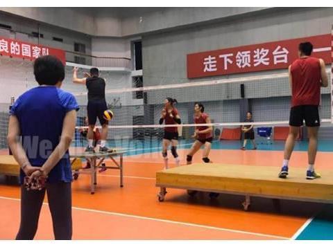 朱婷现身北京训练场,26岁国手主攻或再次被国家队退货