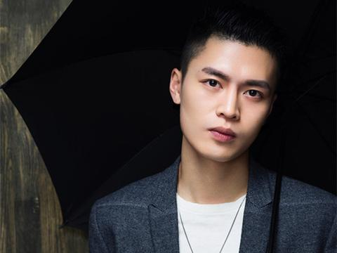宁桓宇《七爷》新歌上线 古典和EDM穿插犹如父子对话