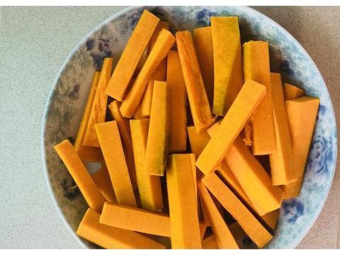 南瓜除了做成南瓜饼,原来这样做也非常的好吃呢