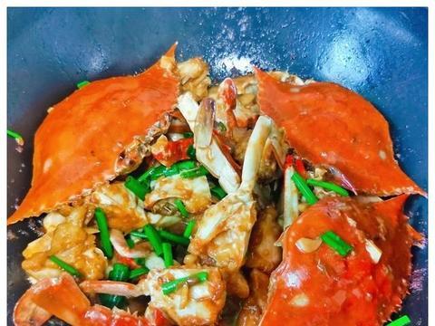 又是吃蟹的季节,送您蒜香梭子蟹,做法简单