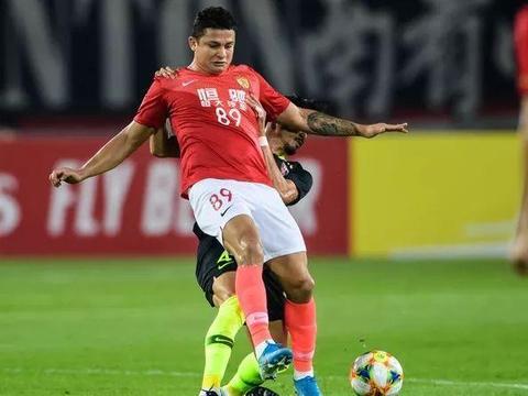 恒大亚冠被浦和淘汰,中国足球可能还有一个坏消息,球迷要担心了