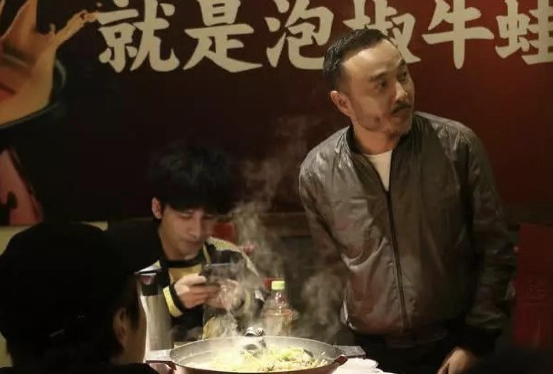 41岁杨乐乐罕露面,瘦到脸颊凹陷显老十岁!为孩子在生死线徘徊