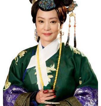 她是御用皇太后,年轻时美得窒息,比赵丽颖,郑爽还要美