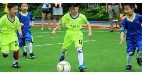 17年前的中国足球神童,被米卢亲口夸赞,如今的现状如何?