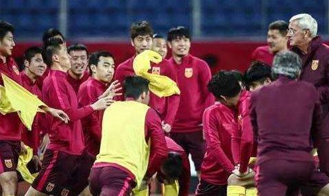 好消息!中国男篮最严厉的教练出山,担任国家队教练
