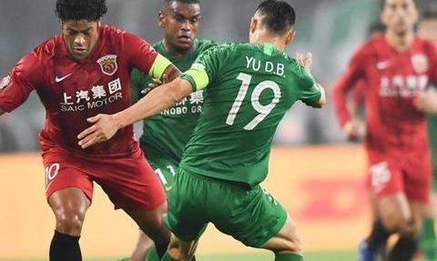 中超争议判罚!专家:李圣龙对北京国安进球有效!恒大应被判点球