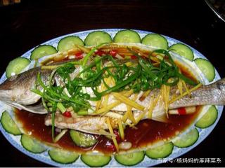 私房川菜汁香辣浓,怪味鲈鱼酸甜嫩滑,下饭神器