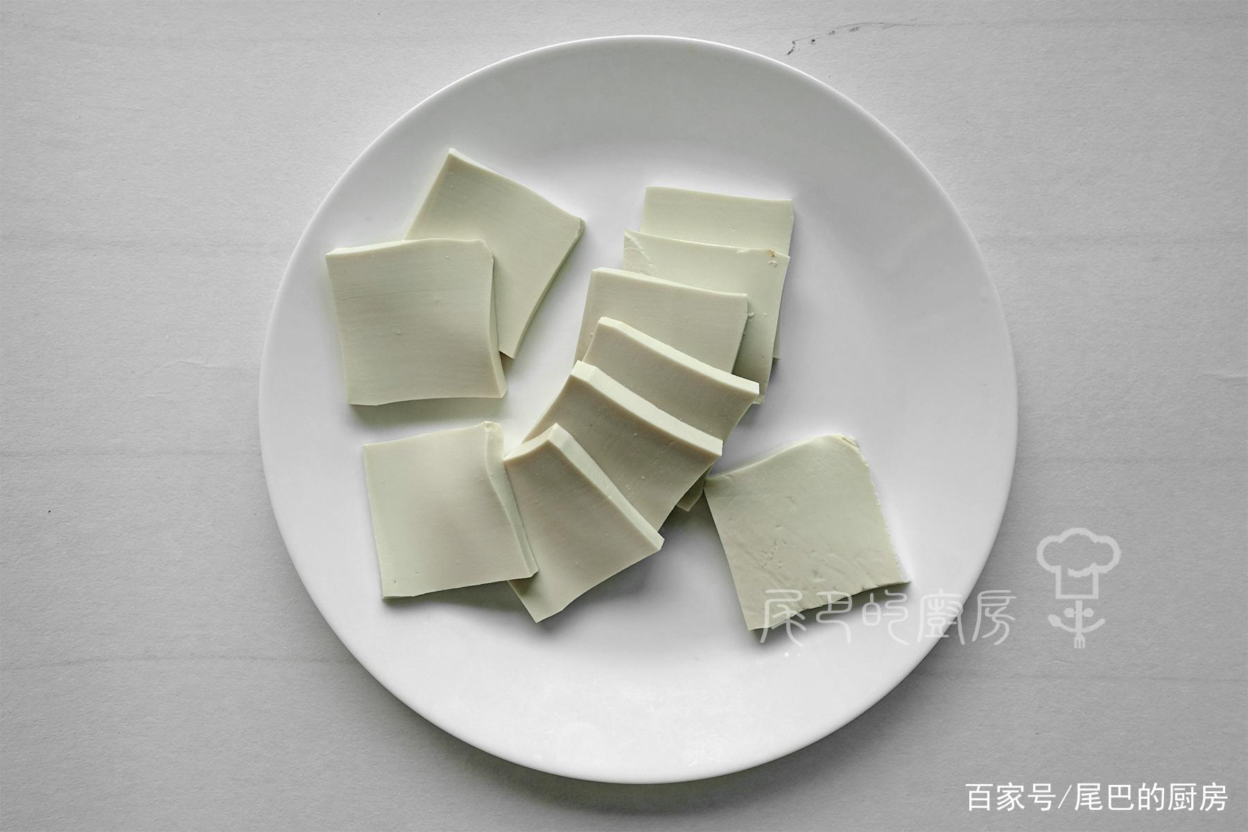 家常味道的豆腐这样做,做起来不难,好吃又下饭