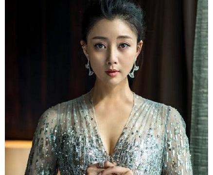 殷桃恋情曝光?对象是出演过《大江大河》的演员赵达!