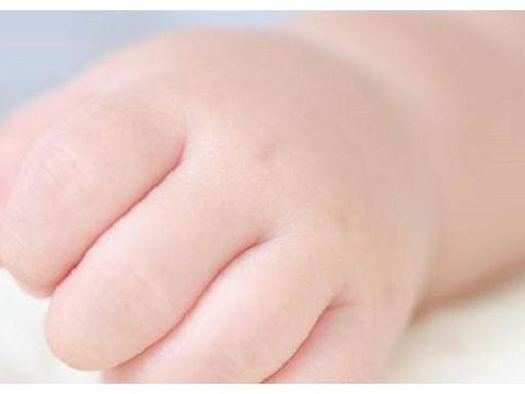 阿氏评分:据说一出生就能拿到10分的新生儿很少,是聪明的体现