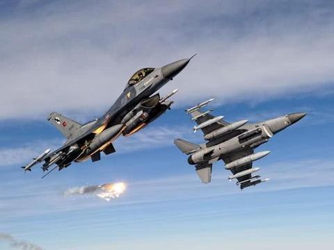 山毛榉、铠甲齐上阵 土F16遭击落 埃尔多安要求马上换装苏35