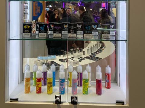 从伯明翰电子烟展看欧洲趋势:开放式设备和烟油仍是主流