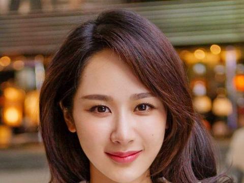 杨紫和肖战拍婚纱照太温馨?不及欧豪深情,嫁给张一山才叫娇羞