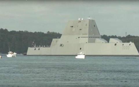 DDG1000导弹驱逐舰:排水1.5万吨,造价75亿美元,性能却很差劲